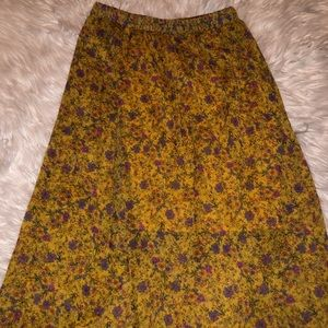 Skirts - Floral maxi skirt